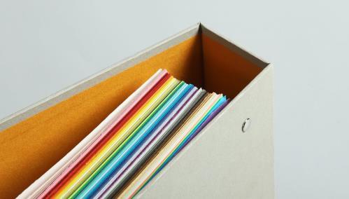 색과 종이를 다루는 모든 사람들을 위한 컬러칩 북